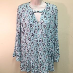 Forever 21 feather print tunic - keyhole front M